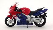 Honda CBR 600F, scale 1:18 in Red-Blue by Maisto, diecast scale model bike