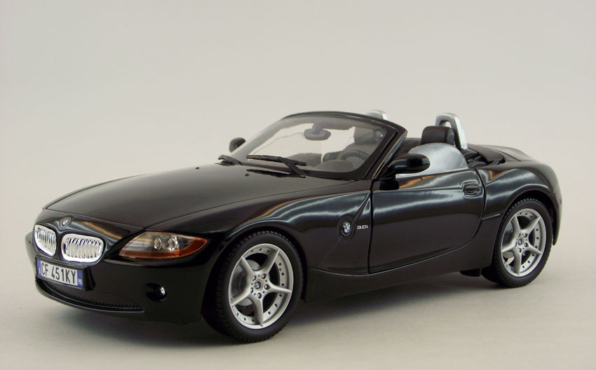 Home Diecast Scale Models Cars Bmw Z4 Scale 1 18 In Black By Bburago