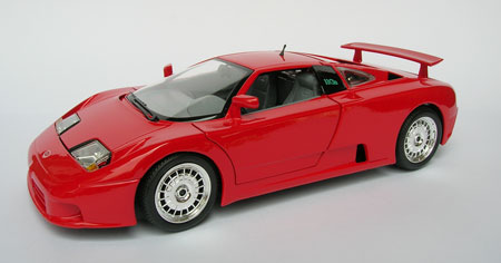 bugatti eb 110 scale 1 18 in red by bburago. Black Bedroom Furniture Sets. Home Design Ideas