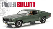Ford Mustang GT 1968 with Steven McQueen figure (Bullitt movie), scale 1:18 in Green by GreenLight Collectibles, diecast miniature scale model car.