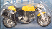 Ducati Sport 1000, scale 1:18 in Yellow by Maisto, miniature diecast scale model bike