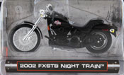 FXSTB Night Train 2002, scale 1:24 in Black by Maisto, miniature diecast scale model bike.