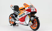 Honda RCV 213, Dani Pedrosa No.26, Repsol Honda Team 2014, scale 1:10 in Repsol Colors by Maisto, diecast miniature scale model bike, grand prix bike scale model.