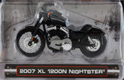 XL 1200N Nightster 2007, scale 1:24 in Black by Maisto, miniature diecast scale model bike, toy bike, kids toys, toys for boys, vehicle toys, licensed automobile miniature replica model vehicle, available online in India at www.dreamcarmodels.com