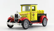 Chevy Pickup 1928 - Pennzoil, scale 1:32 in Yellow by NewRay, diecast miniature scale model vintage car, classic car scale model.